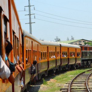 yangon-train
